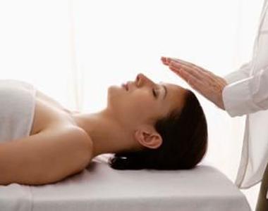 Exemplo de sessão da técnica de massagem reiki